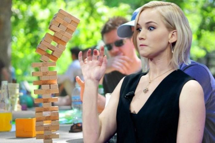 Jennifer Lawrence Has Become The Victim Of Yet Another Photoshop Battle
