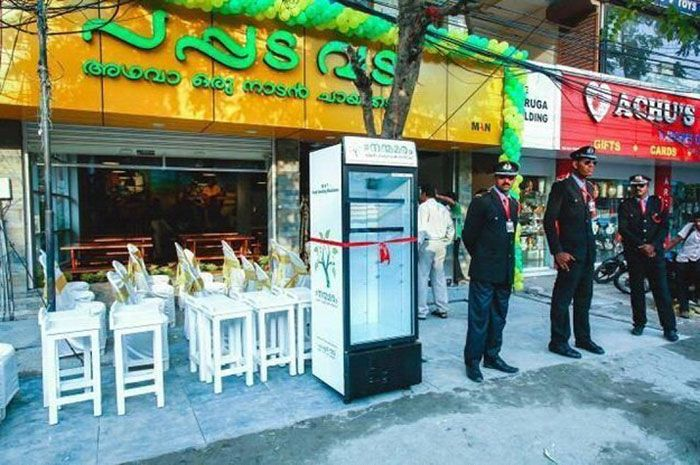 Restaurant Leaves Fridge In The Street With A Special Surprise