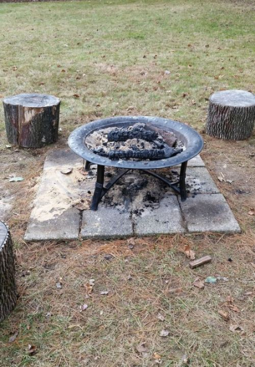How to build a diy fire pit in your own backyard others for Build my own fire pit