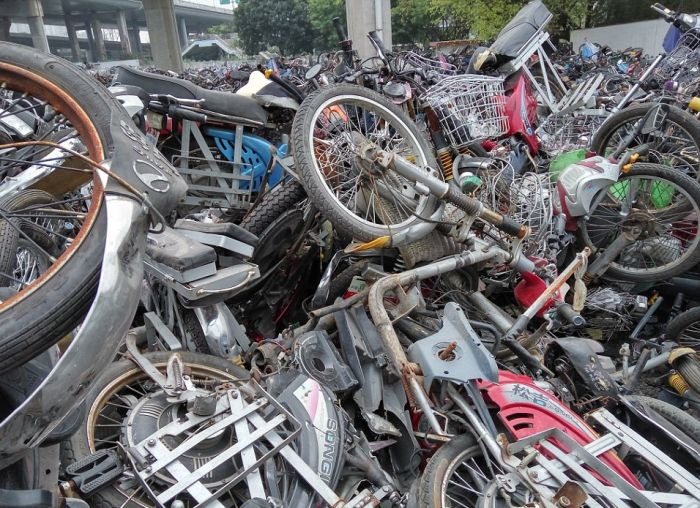 Police In South China Have Created A Motorcycle Graveyard