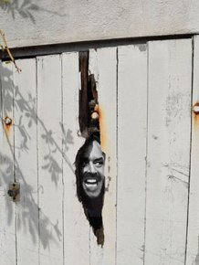 Random And Ridiculous Acts Of Vandalism That Are Borderline Genius