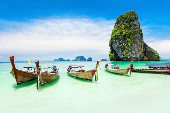 Gorgeous Travel Destinations That Are Surprisingly Cheap To Visit
