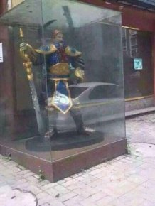 Old Woman Mistakenly Prays In Front Of A Video Game Character's Statue