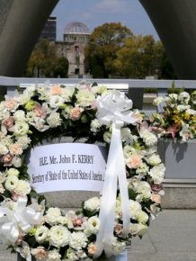 US Secretary Of State Visits The Peace Park In Hiroshima For The First Time