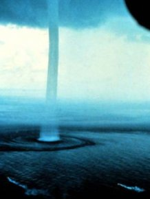 Awesome Looking Natural Phenomena That Also Poses A Deadly Threat To Humans