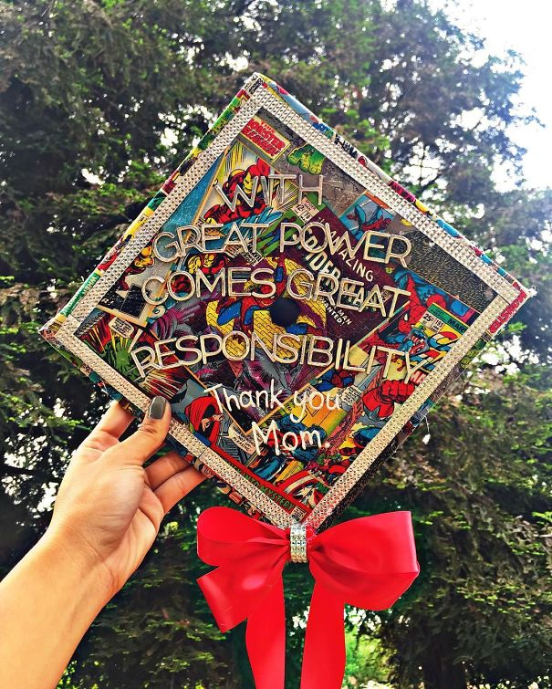 Awesome Students Who Totally Nailed It With Their Funny Graduation Caps