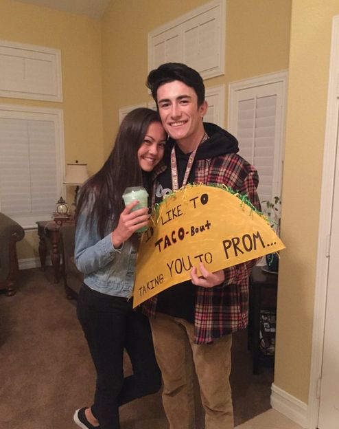 Funny ways to ask a girl to prom