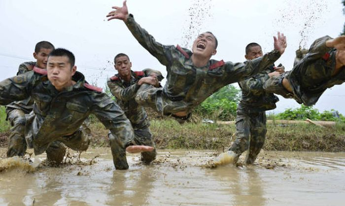 Awesome Photos From Exciting Adventures In The Army