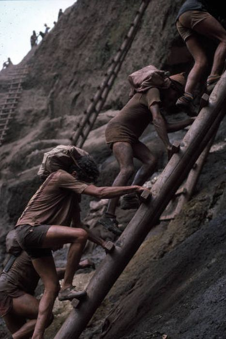 Back In The 80s People Traveled From All Over The World To Search For Gold In Brazil