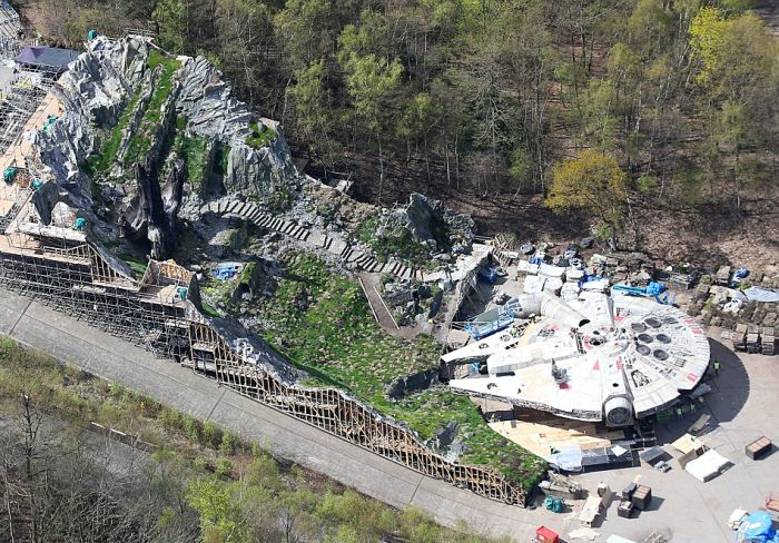 The Millennium Falcon Has Been Spotted On The Set Of Star Wars: Episode VIII