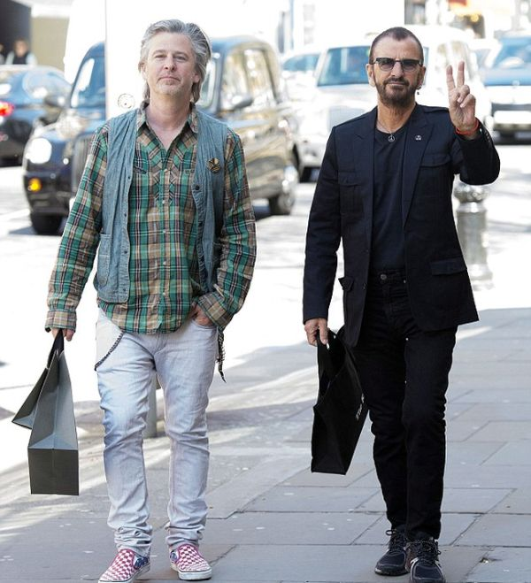 At 75 Years Old Ringo Starr Somehow Looks Younger Than His Son