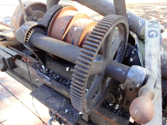 Old Hendey Lathe Discovered At A Junkyard