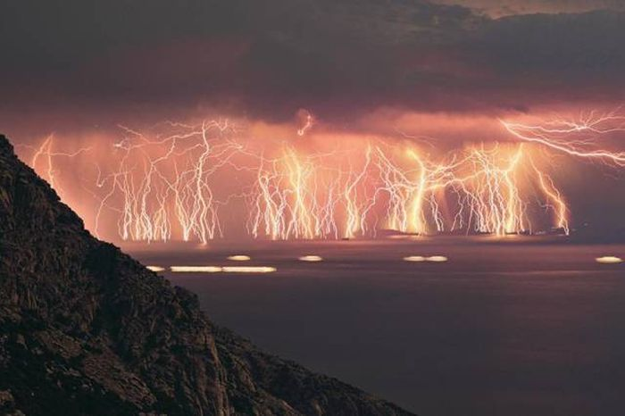 Extraordinary Natural Phenomena That Will Take Your Breath Away