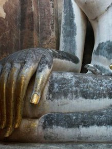 Stunning Photos From Buddhist Temples That Will Take Your Breath Away