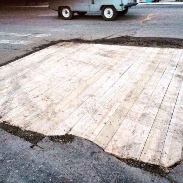 An Interesting Way To Repair The Roads In Russia
