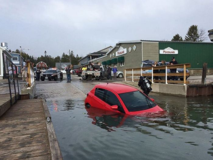 Woman Lets GPS Lead Her Car Right Into Canada's Georgian Bay