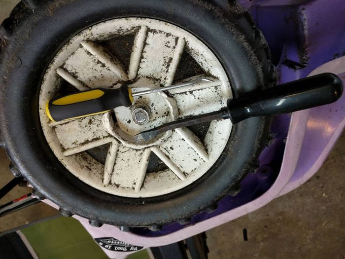 Dad Restores An Old Pink Power Wheels For His 3 Year Old