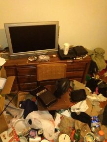 Horrifying Housemate Habits That Will Scar You For Life