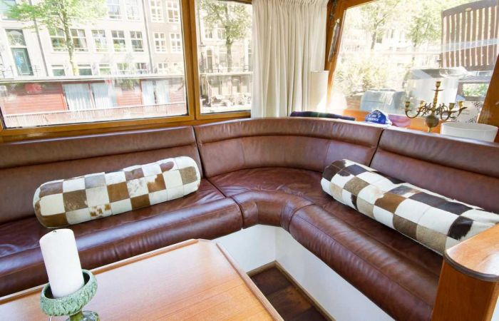 Old Boat Gets Converted Into A Beautiful House Barge