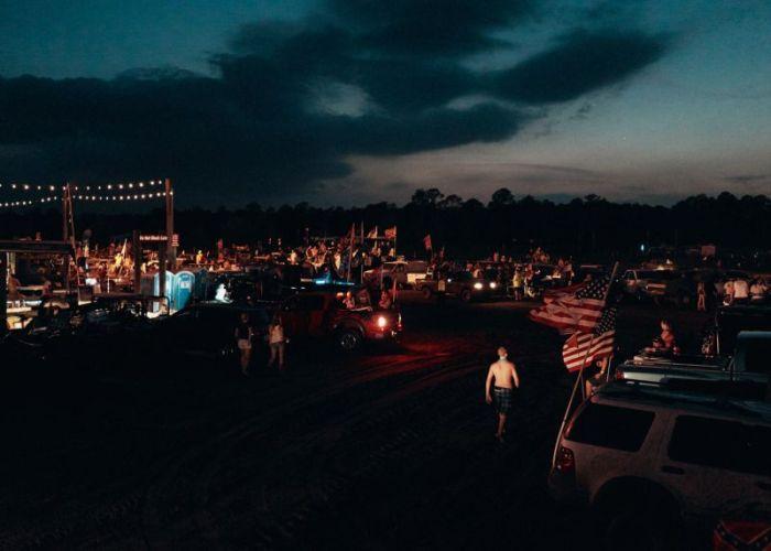The Redneck Yacht Club Is A True Paradise For Rednecks