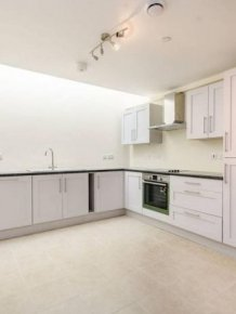These Pricey London Flats Have High Rent And No Windows