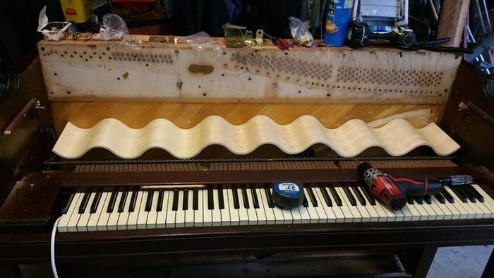 This Piano Doesn't Play Music Anymore, But It's Still Awesome