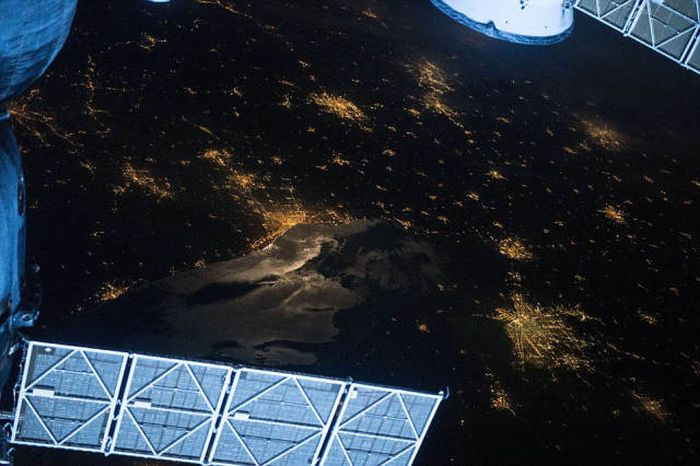 Nobody Has A Better View Of Earth Than The Astronauts Do