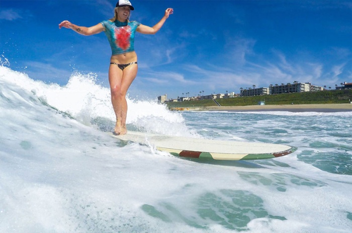 Awesome Body Art For Babes Who Want To Surf