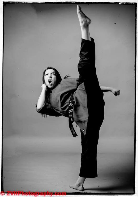 Nude women taekwondo — photo 4