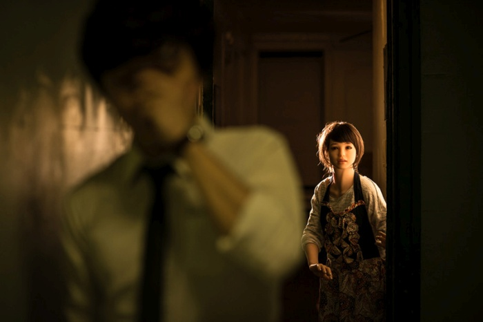 This Korean Photographer Takes His Sex Doll Everywhere
