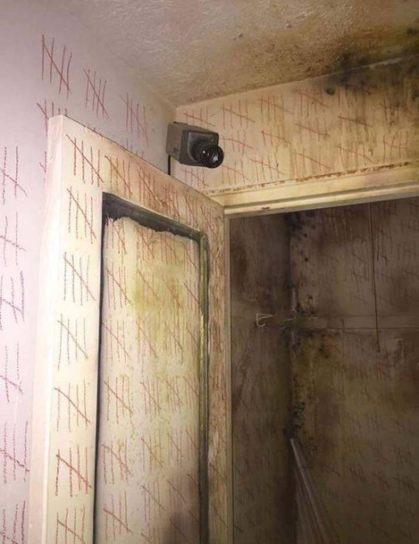This Abandoned Duplex Will Send Shivers Down Your Spine