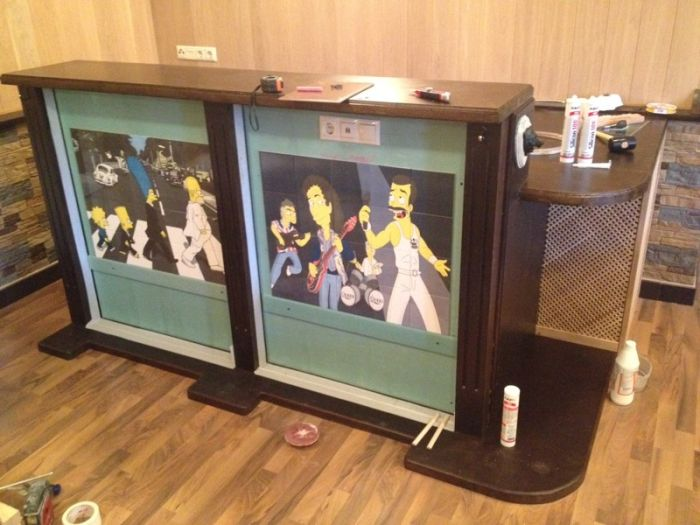 Awesome DIY Bar Pays Tribute To The Simpsons