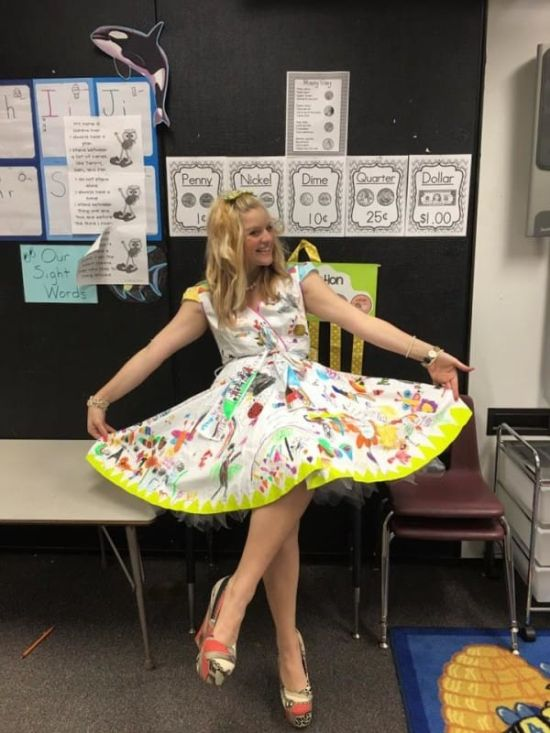Teacher Wears Special Dress For The Last Day Of School