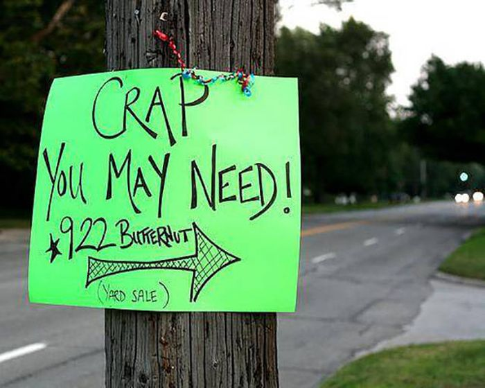 Hilarious Yard Signs That Are Impossible To Ignore