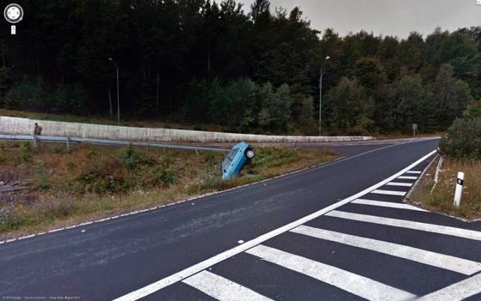 Remarkable Photos That You Can Find On Google Street View