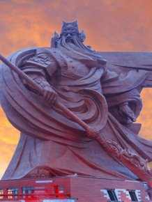 Epic Sculpture Of Chinese God Unveiled In Jingzhou City