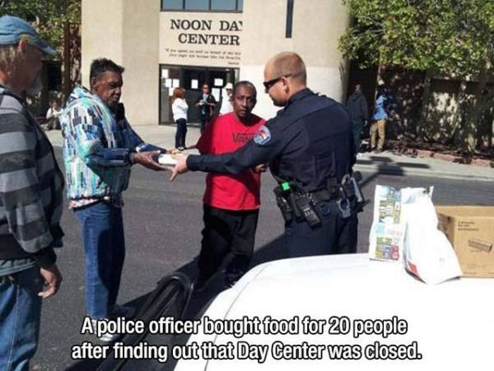 Photos To Remind You That There Are Still Good People In This World