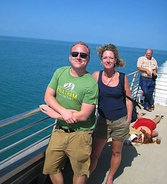 Awkward Vacation Photos That Will Make You Cringe
