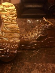 Drake Shows Off His New Pair Of Pure Gold OVO Air Jordans