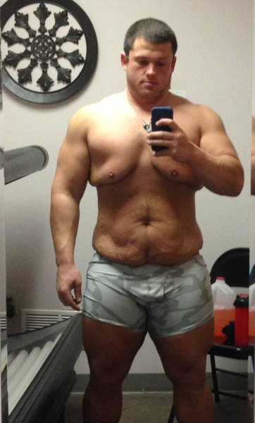 This Guy Weighed Almost 500 Pounds But Now He's Ripped