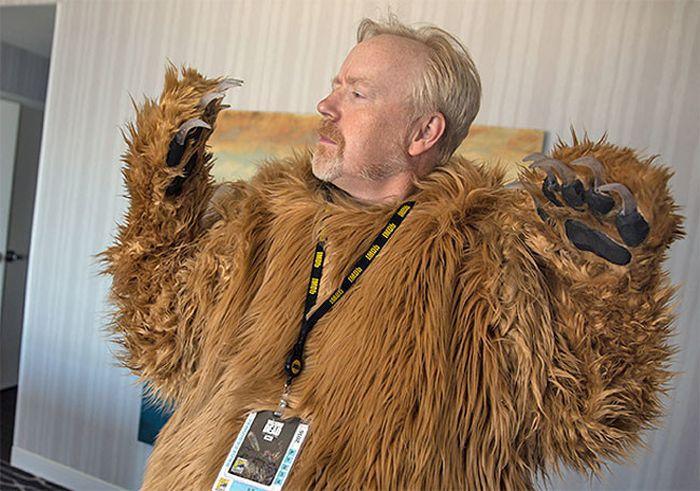 Adam Savage Creates Hilarious Leonardo DiCaprio Cosplay For Comic Con