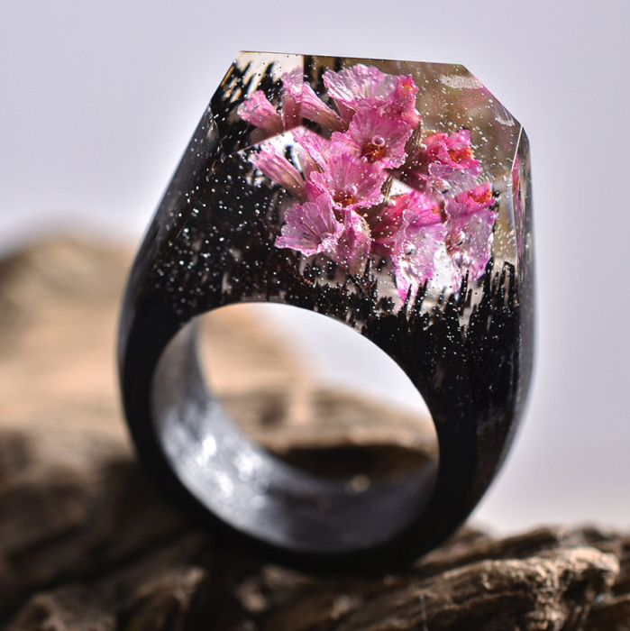 The Different Seasons Are Captured Inside These Impressive Wooden Rings