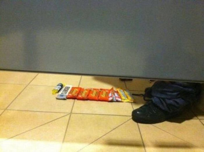 Awkward And Hilarious Pictures That Will Force You To Question Everything