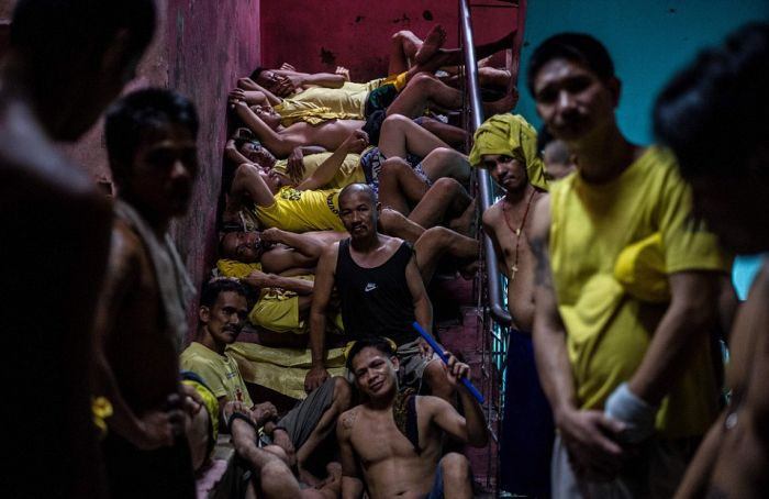 Prisoners Are Left With No Room At All In This Overcrowded Prison