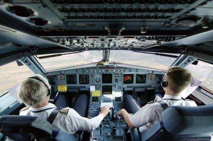 The Truth About What Really Goes On During Flights