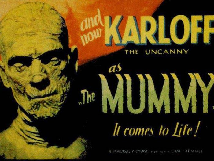 Awesome Posters That Were Created For Vintage Horror Movies
