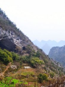 This Giant Cave In China Is Home To 100 People
