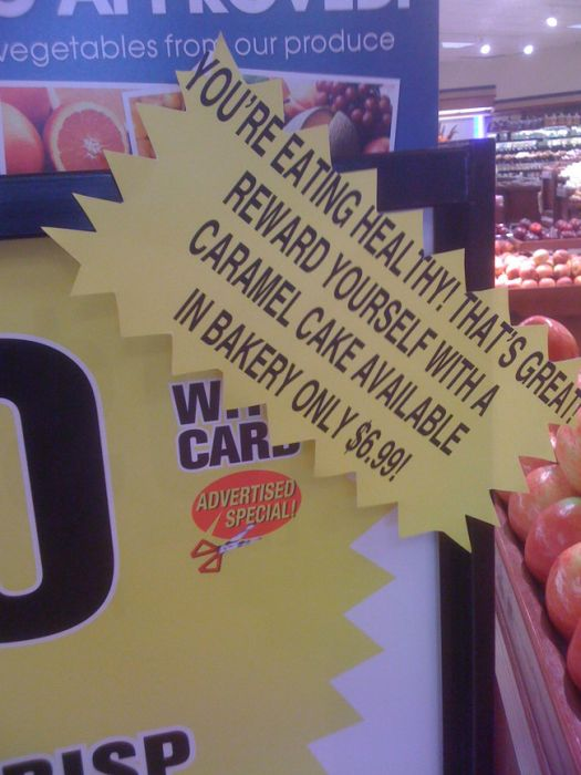 It's Pretty Clear That These Grocery Store Workers Just Don't Care Anymore