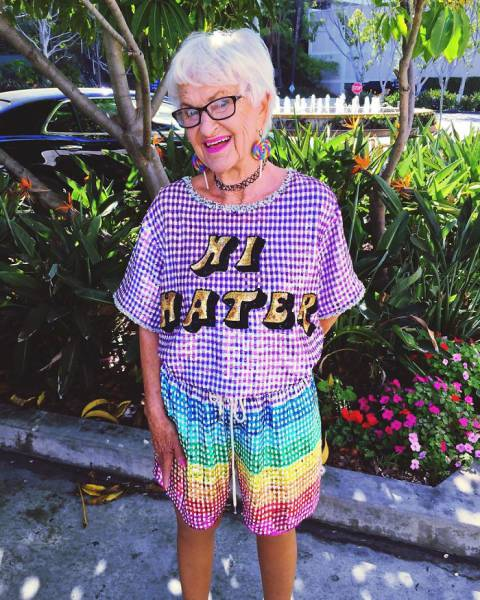 Cool Granny Is Back With Some More Epic Instagram Photos