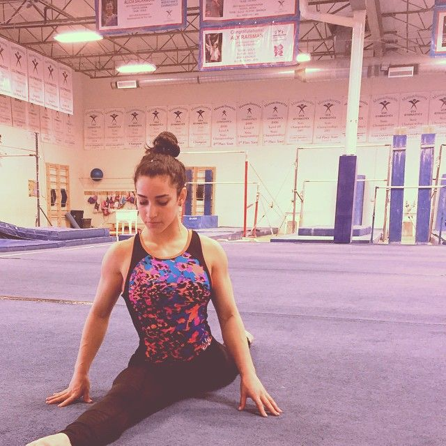 Everyone's Falling In Love With Hot Olympic Athlete Aly Raisman